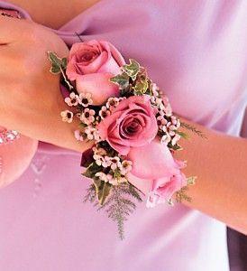 3 Rose Wristlet